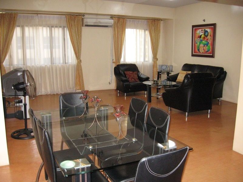 FOR SALE: Semi-furnished 116sqm Three Bedroom with parking in One Orchard R