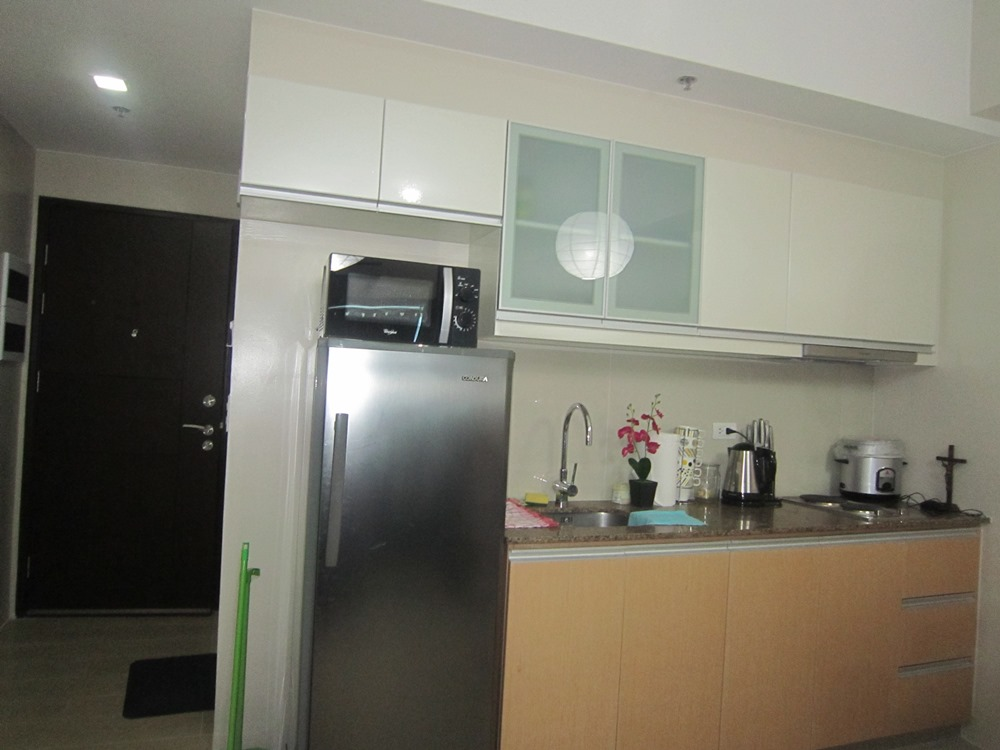 FOR RENT : Fully Furnished Studio type Condo in Legrand Tower 3 in Eastwood City